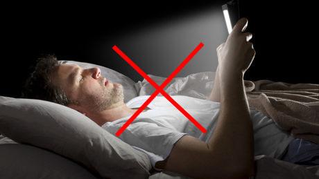 أضرار أضواء الأجهزة الإلكترونية..استخدام الأجهزة
